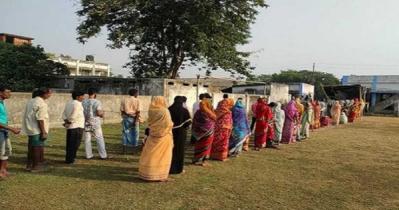 রেকর্ড সংক্রমণের মধ্যেই পশ্চিমবঙ্গ সপ্তম দফার ভোট হচ্ছে