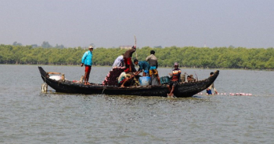 IOM, GoB Conduct Sea Safety Training for 200 Boatmen